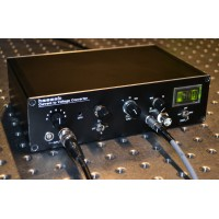High gain transimpedance photodiode amplifier, current-to-voltage converter